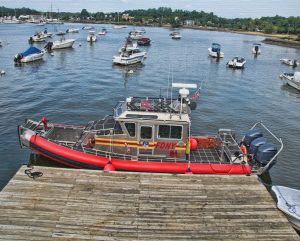 9849fireboattzpg810tt.jpg